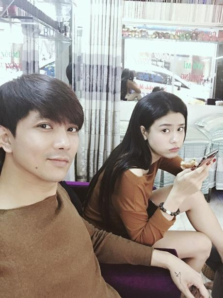 'Soi' nhat cu nhat dong cua sao Viet (11/10) - Anh 5