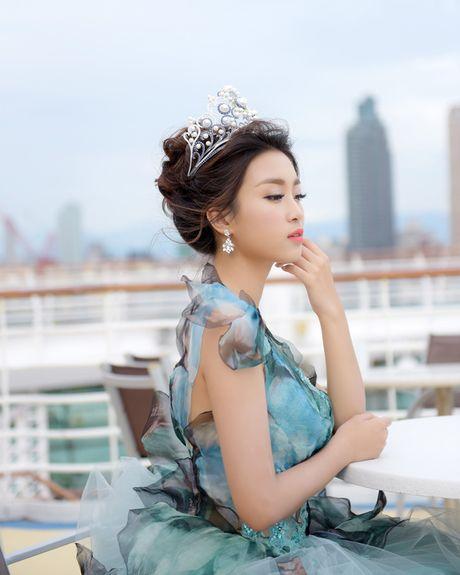 Hoa hau My Linh xinh tuoi hoa than thanh Cong chua Lo Lem - Anh 6