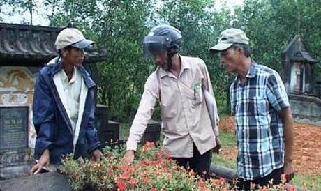 Mo dong dinh thep: Bi an nguoi dan ong la - Anh 2