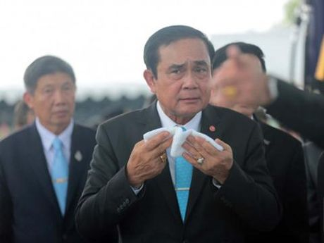 Tinh hinh Thai Lan khi quoc vuong bang ha - Anh 2