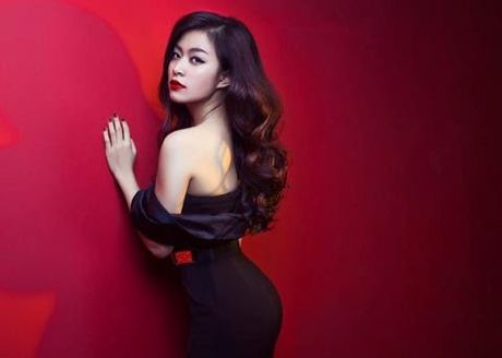Hoang Thuy Linh 'lot xac' sexy sau 10 nam dong 'Nhat ki Vang Anh' - Anh 13