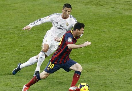 Maradona: 'Messi khong gioi hon Ronaldo' - Anh 1