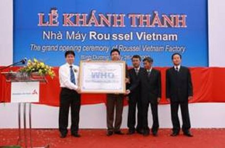 Cong ty Duoc Roussel Vietnam- Khang dinh chat luong Quoc te - Anh 1