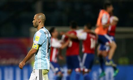 Aguero tiet lo chuyen Guardiola muon lam HLV tuyen Argentina - Anh 2
