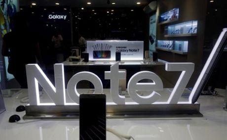 Samsung chua cat giam lao dong tai Viet Nam sau cu soc Note 7 - Anh 1
