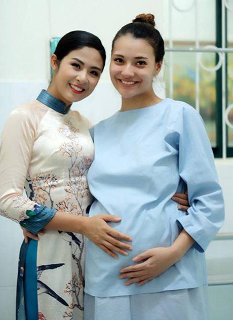 Nguoi mau Hong Que sinh con gai - Anh 2