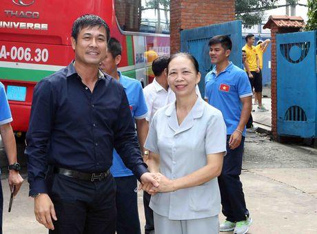 Tuyen Viet Nam giao luu voi lang tre em SOS Go Vap - Anh 2