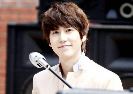 Idol Kpop dinh chan thuong, do benh hang loat - Anh 8