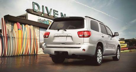 Toyota Sequoia 2017: SUV co lon hoan hao gia tu 45.460 USD - Anh 3
