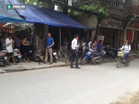 Hien truong vu sap gian giao khien 6 nguoi thuong vong o Ha Noi - Anh 2