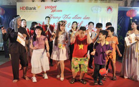 Chuyen nu doanh nhan 'nao dong' thi truong hang khong the gioi - Anh 5