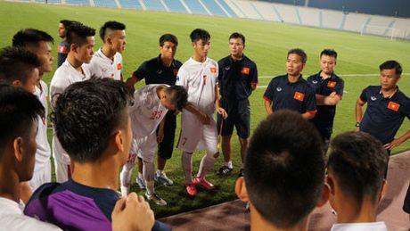 """So sanh hai lua U19 Viet Nam la khap khieng"" - Anh 1"