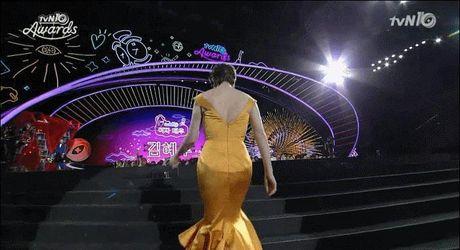 Nhung lan sao nu chung minh: Phai nu cung 'soai' va 'cool ngau' khong kem gi canh may rau - Anh 1