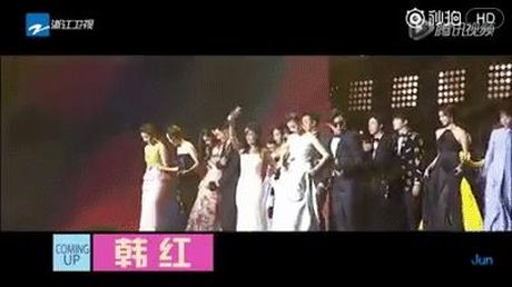 Nhung lan sao nu chung minh: Phai nu cung 'soai' va 'cool ngau' khong kem gi canh may rau - Anh 23