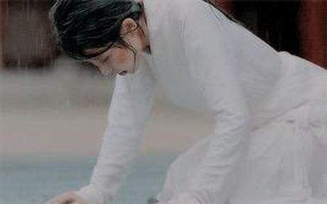 7 tinh tiet kinh dien trong Moon Lovers duoc 'xao lai' tu Bo Bo Kinh Tam - Anh 10