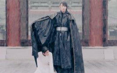 7 tinh tiet kinh dien trong Moon Lovers duoc 'xao lai' tu Bo Bo Kinh Tam - Anh 11