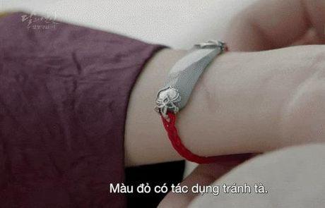 7 tinh tiet kinh dien trong Moon Lovers duoc 'xao lai' tu Bo Bo Kinh Tam - Anh 13