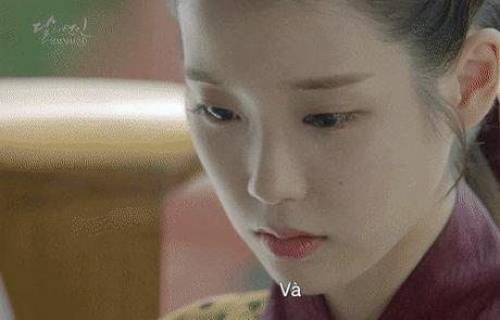 7 tinh tiet kinh dien trong Moon Lovers duoc 'xao lai' tu Bo Bo Kinh Tam - Anh 14