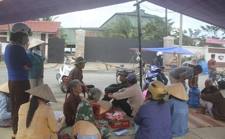 Quang Nam phan hoi viec di chuyen Nha may thep Viet-Phap - Anh 1