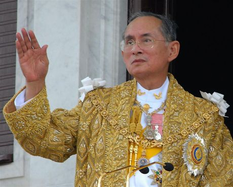 Vua Bhumibol Adulyadej – vi thanh song cua nhan dan Thai Lan - Anh 1