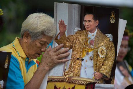 Vua Bhumibol Adulyadej – vi thanh song cua nhan dan Thai Lan - Anh 3