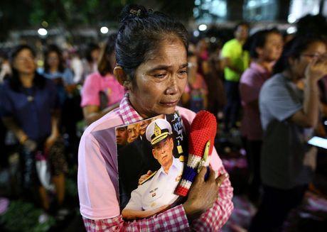 Thai Lan se de tang quoc vuong trong mot nam - Anh 11