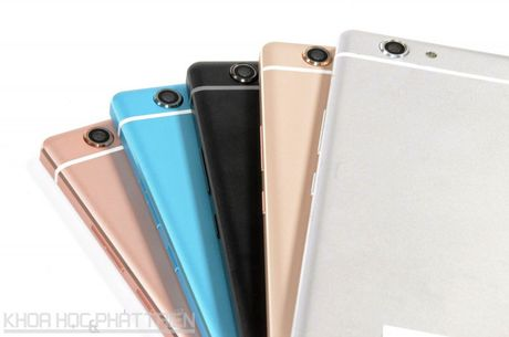 Can canh ve dep cua smartphone Nhat vua len ke o Viet Nam - Anh 25