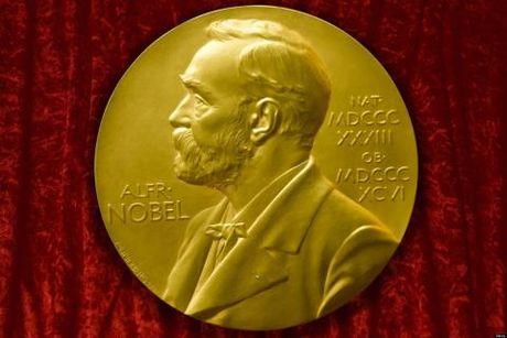 18h hom nay se trao giai Nobel Van hoc - Anh 1