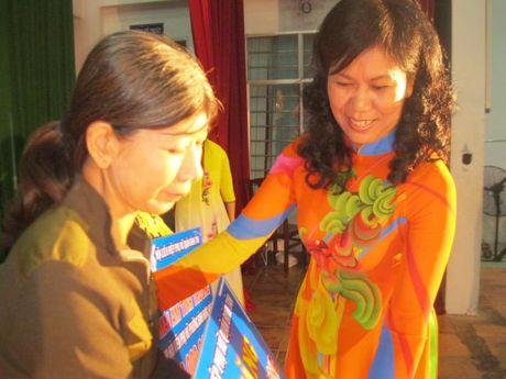 Q. Binh Tan: Nhieu hoat dong y nghia nhan 20/10 - Anh 2