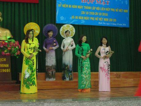 Q. Binh Tan: Nhieu hoat dong y nghia nhan 20/10 - Anh 4