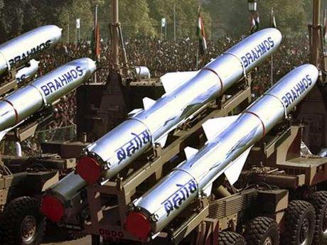 Ong Putin: Nga van la nha cung cap quan su hang dau cua An Do - Anh 1