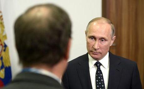 Putin lat bai phuong Tay: Ai gay toi ac chien tranh? - Anh 1
