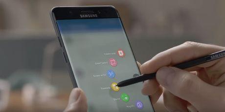 """Samsung chua cat giam lao dong tai Viet Nam sau """"cu soc"""" Galaxy Note 7 - Anh 1"""