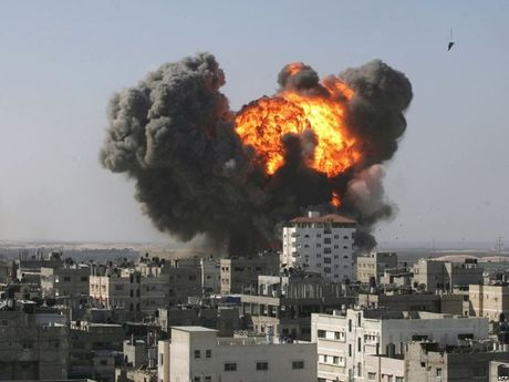 Danh bom o Syria khien hang chuc nguoi thuong vong - Anh 1