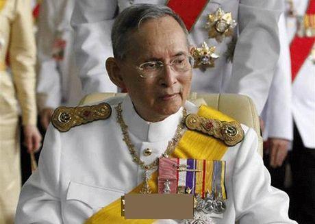 Ly do dac biet khien nguoi dan coi vua Thai Lan la vi 'thanh song' - Anh 2