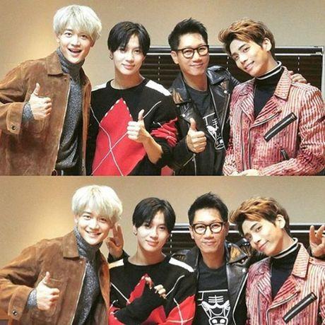 Sao Han 14/10: G-Dragon bi che gia, Hye Ri mac bikini khoe lung quyen ru - Anh 6