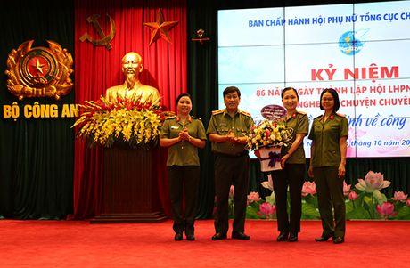 Noi chuyen chuyen de 'Tu tuong Ho Chi Minh voi phu nu' - Anh 1
