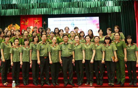 Noi chuyen chuyen de 'Tu tuong Ho Chi Minh voi phu nu' - Anh 2