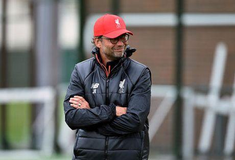 Gerrard dot ngot ve Liverpool, tham muu dau MU - Anh 4