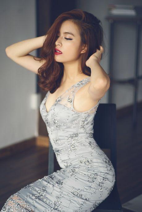 Hoang Thuy Linh: Tu hotgirl clip nong thanh my nhan dat gia nhat showbiz Viet - Anh 11