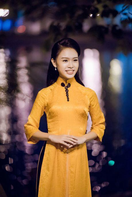 'Co gai vang' cua Hoa hau VN bi quay kin - Anh 2