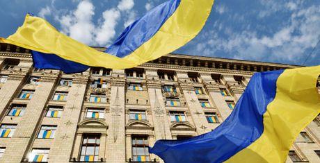 Sputnik: Ukraina dang doi... va nho den Nga - Anh 1