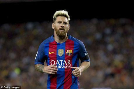 Man United 'mo mat' nho bao Anh, Ronaldo vuot Messi chiem Top 1 - Anh 3
