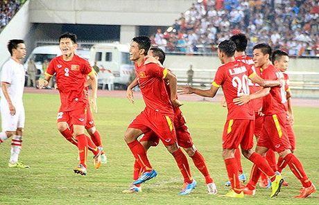 Van Hau ghi tuyet pham giup U.19 Viet Nam ha U.19 Trieu Tien 2-1 - Anh 2