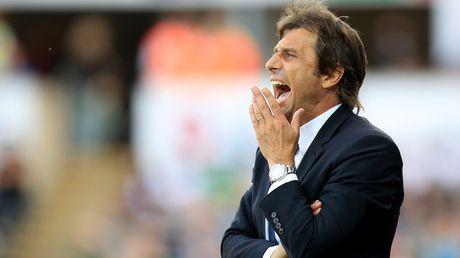 Chelsea ngac nhien ve tin don dinh sa thai Antonio Conte - Anh 2