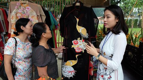 Chinh thuc khai mac khu trung bay Festival Ao dai Ha Noi 2016 - Anh 12