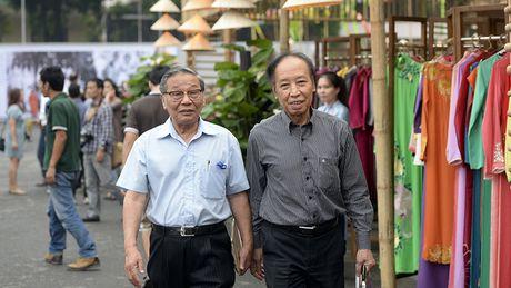 Chinh thuc khai mac khu trung bay Festival Ao dai Ha Noi 2016 - Anh 4