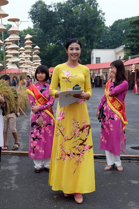 Chinh thuc khai mac khu trung bay Festival Ao dai Ha Noi 2016 - Anh 6