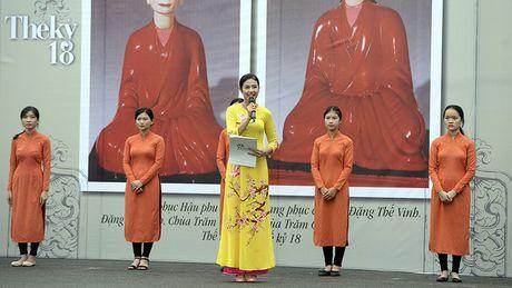 Chinh thuc khai mac khu trung bay Festival Ao dai Ha Noi 2016 - Anh 7