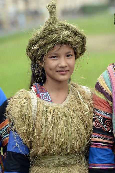 Chinh thuc khai mac khu trung bay Festival Ao dai Ha Noi 2016 - Anh 9